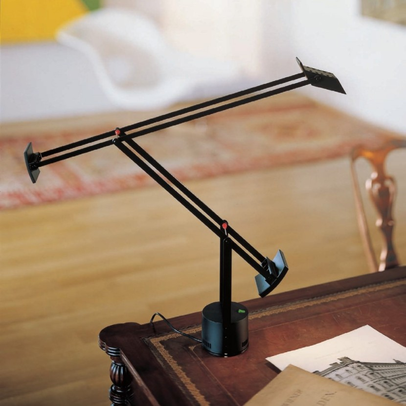 Artemide-Tizio-LED-table-lamp-by-Artemide__2238_0