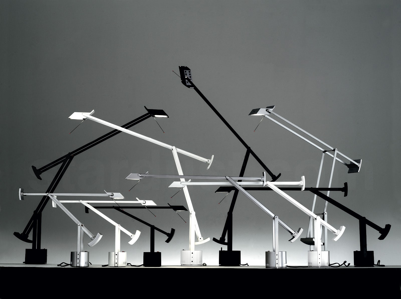 our top 5 desk lamps for your office. Black Bedroom Furniture Sets. Home Design Ideas